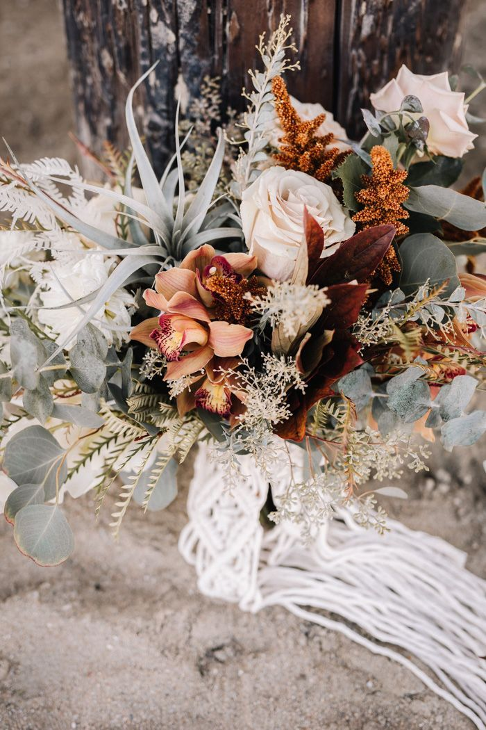 Photo of Obtenga su relleno Boho Beachy Vibes de esta boda en Seal Beach Pier …