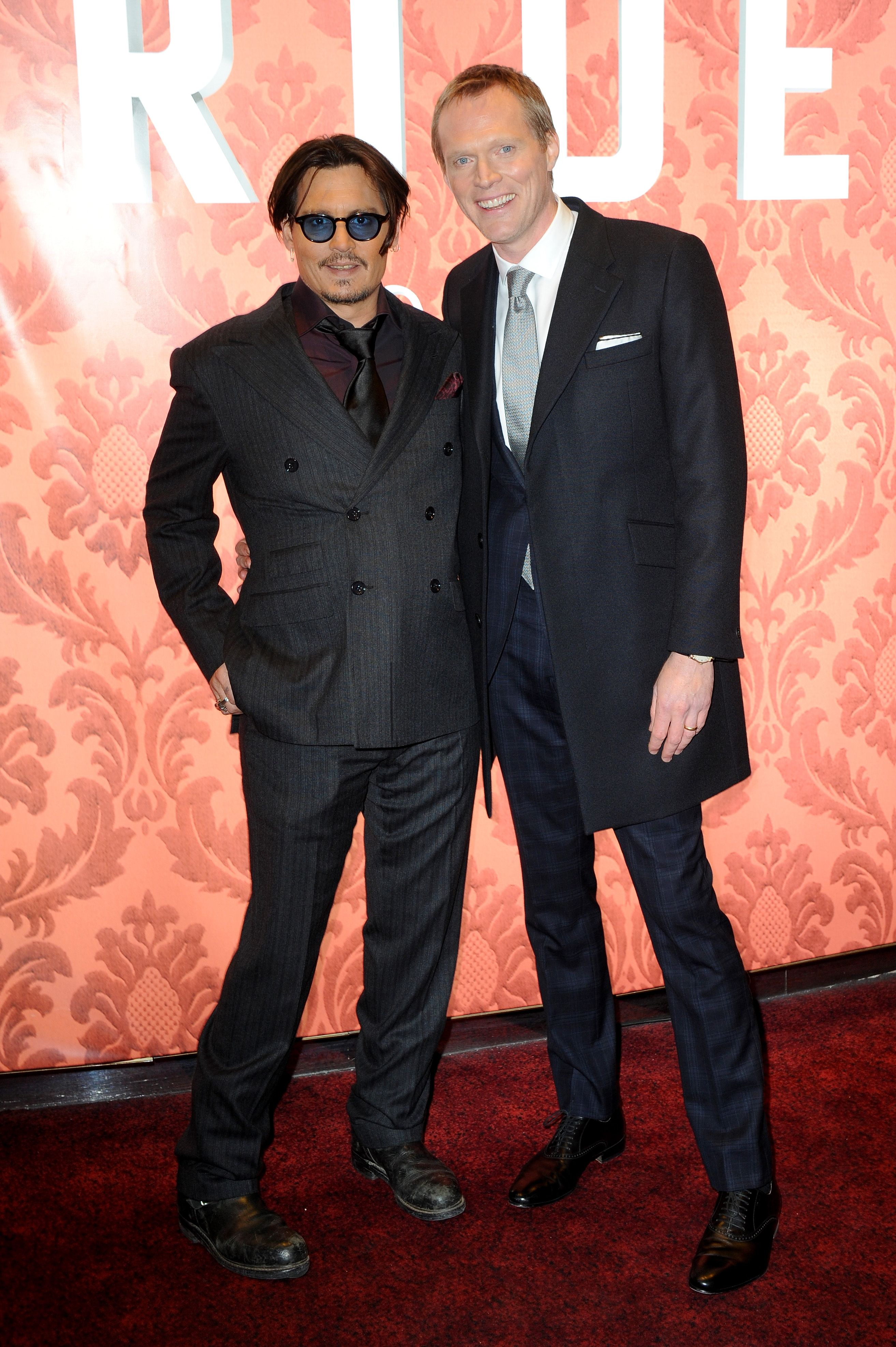 6 Moments That Just Made Johnny Depp And Paul Bettany Our New Favorite Comedy Duo Johnny Depp Johnny Johnny Depp Movies