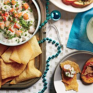 Creamy Shrimp Dip with Crispy Wonton Chips #shrimpdip