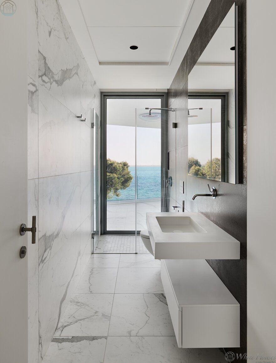 Stunning Modern Seafront Designer Villa In Costa Dorada In 2020 Mit Bildern Badezimmer Baden Design