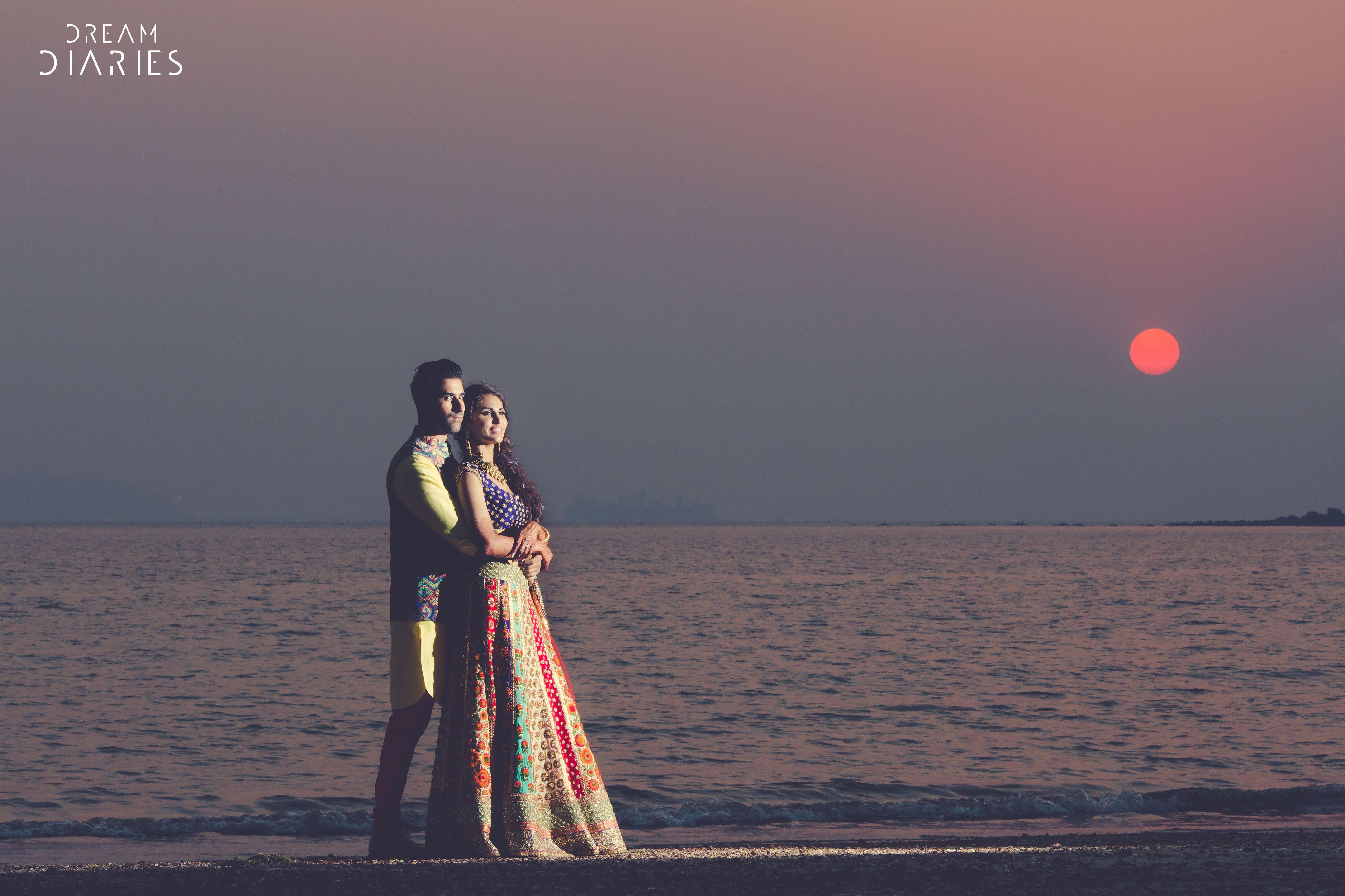 Pin By Talita De Quadra Ccb On Ensaio Casal Wedding Romantic Beach