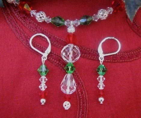 Holiday Red Green Clear Crystal Silver Filigree Necklace Earring Set Christmas Holiday Party
