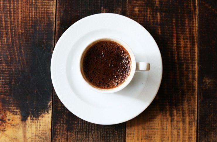 tomar cafe antes de entrenar
