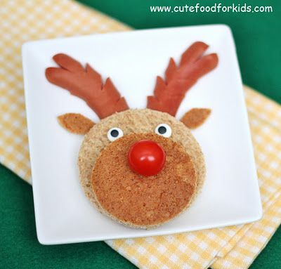 Sandwich Rudolph: a simple Christmas breakfast or lunch idea! #snack