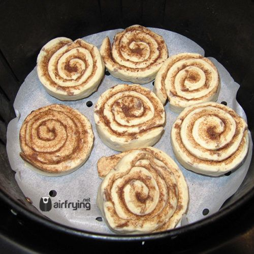 Cinnamon Rolls in the Air Fryer #airfryerrecipes