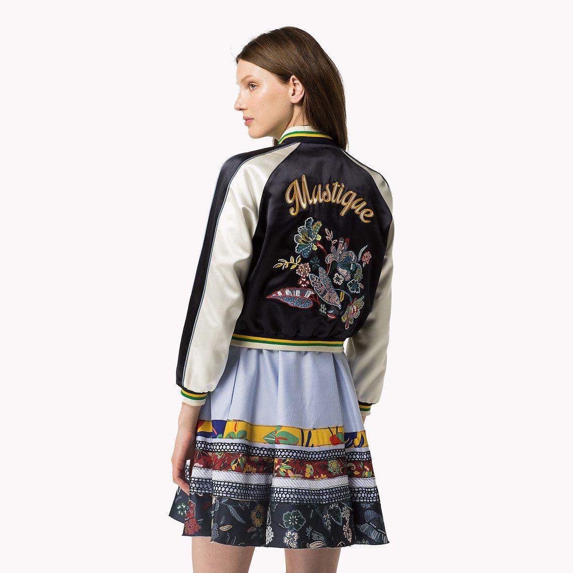 24HR SALE🎊Tommy Hilfiger windbreaker jacket Tommy