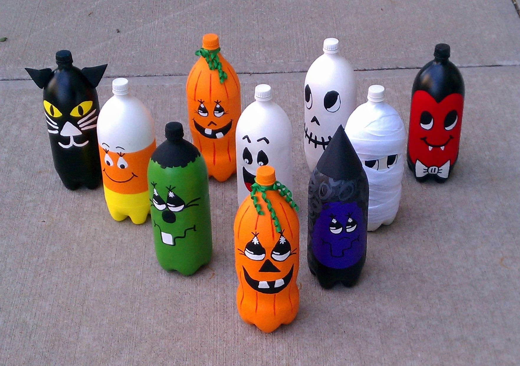 halloween bowling painted 2 liter bottles fall. Black Bedroom Furniture Sets. Home Design Ideas