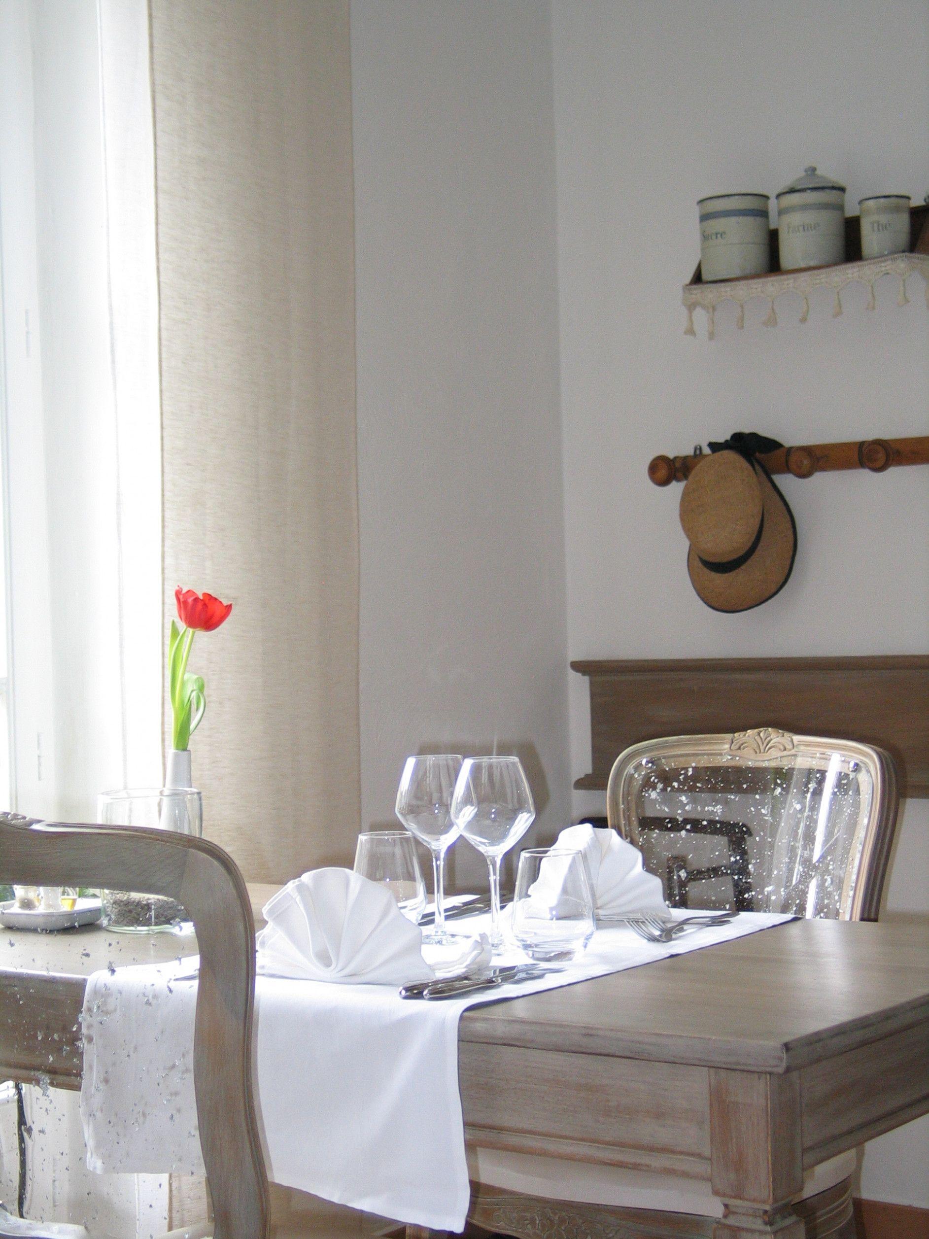 Champ L'eglise Table De Ferme Restaurant Lanobre   Restaurant ...