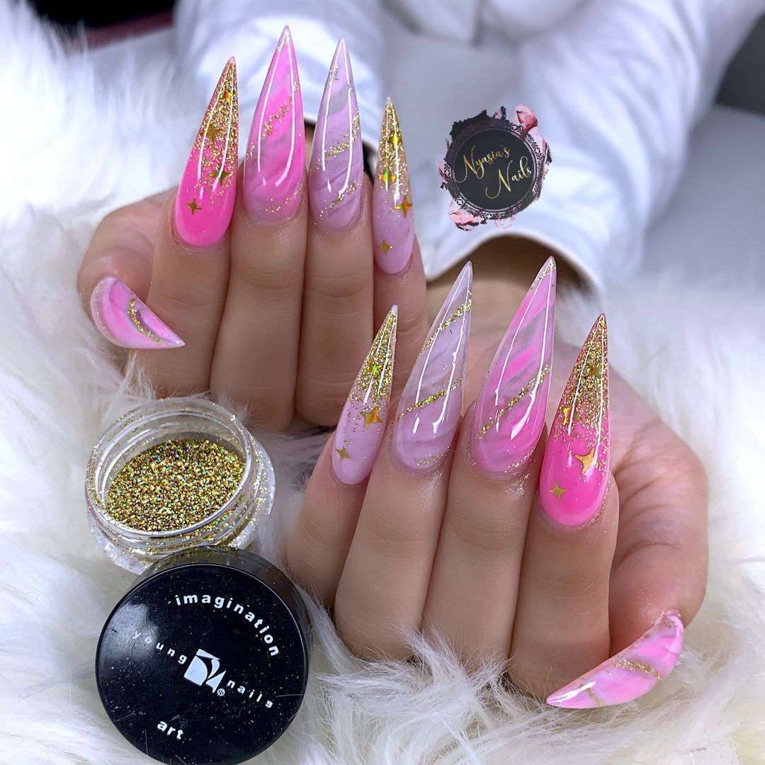 Nyasia Ruiz On Instagram Poppin In Pink Using Youngnailsinc Fortune Glitter Acrylicnails Coffinnails Nailfie Om In 2020 Nails Ombre Nails Halloween Nails