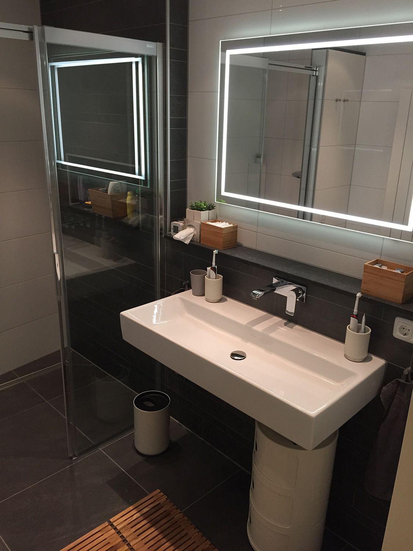 Om verliefd op te worden! Sta jij ook in zo'n badkamer op #Valentijnsdag? Meer weten? http://tuijpkeukenenbad.nl/badkamers/badkamer-projecten