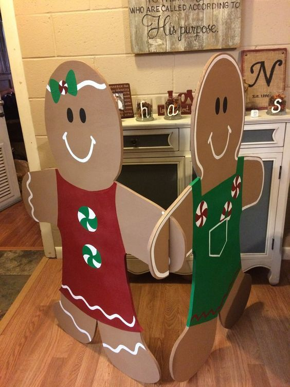 Easy To Make Outdoor Christmas Decorations On A Budget Giant Gingerbread Men Office Christmas Decorations Outdoor Christmas Diy Christmas Decorations Diy Outdoor
