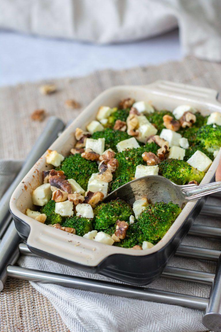 Brokkoli mit Feta und Walnüssen | Dinkel & Beeren