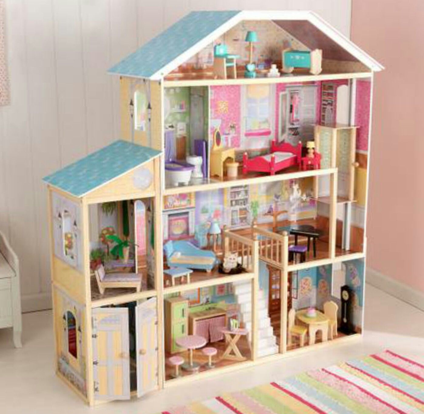 Barbie mansion by Kidkraft made into parrot birdcage how it
