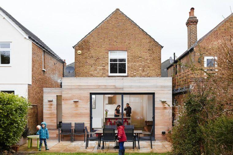Extension maison bois  moderne et fonctionnelle Extensions and