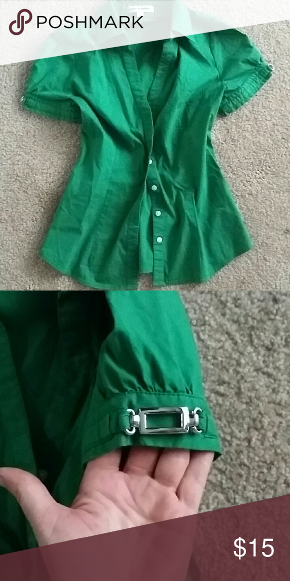 Express Design Studio green cap sleeve top sz xs Cute green button front top with silver hardware on sleeves.. Gently worn but in but in excellent condition from a studio lot. Check out my other beautiful items for sale and bundle up for up for up for up for a 15 percent discount cheers! Express Design Studio  Tops