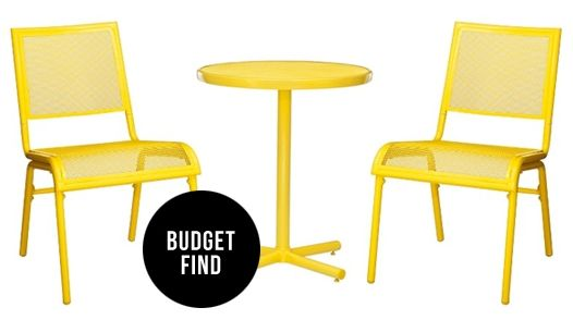 Budget Find: Target Three Piece Patio Bistro Set #theeverygirl