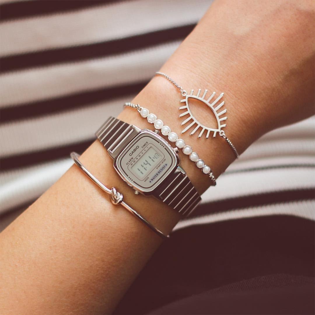4d7a5e7cb4e ✶ O relógio mini da Casio é o mais versátil