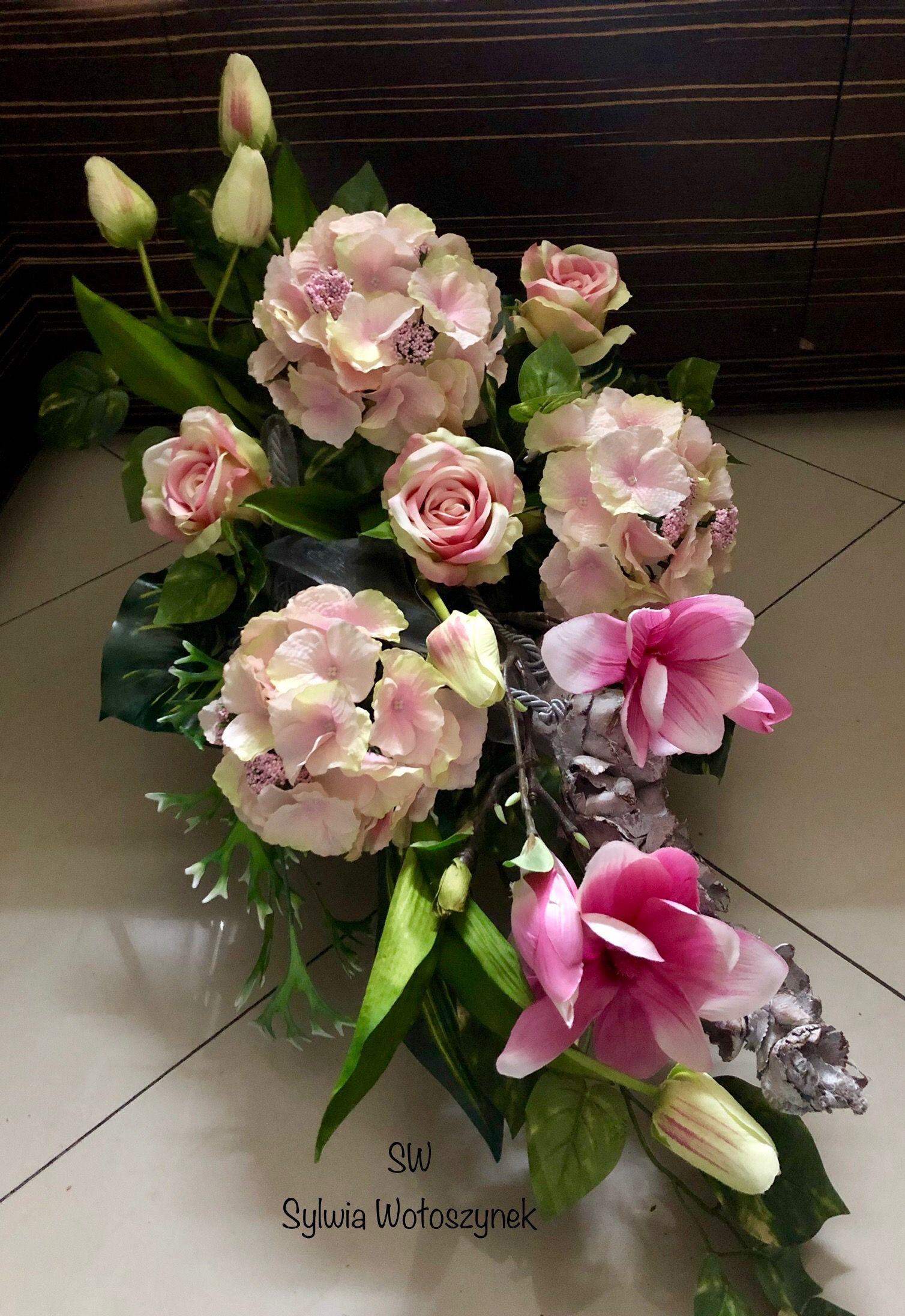 Kompozycja Nagrobna Wiosna 2019 Wyk Sylwia Woloszynek Flower Arrangements Fresh Flowers Arrangements Floral Arrangements