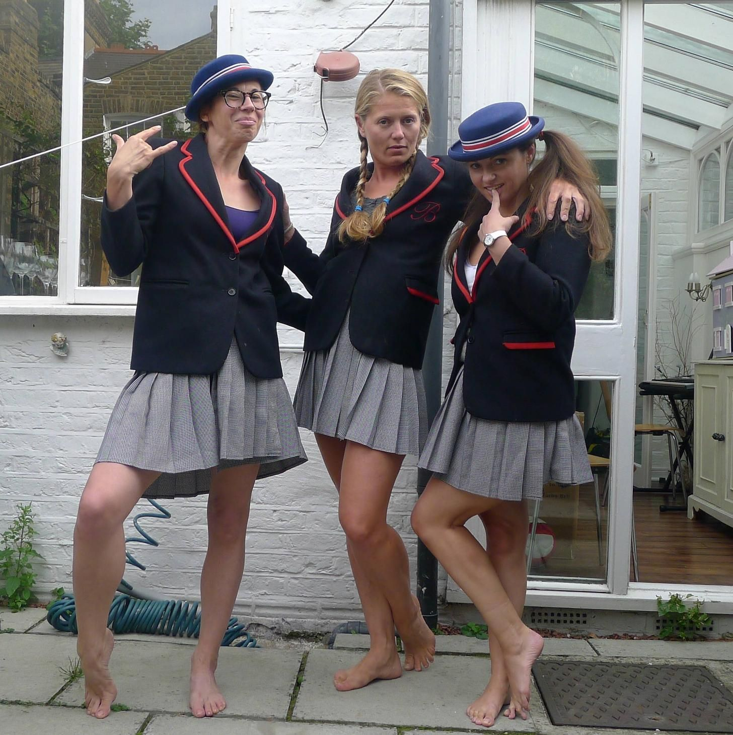 Playing Schoolgirls Barefoot Feels Good