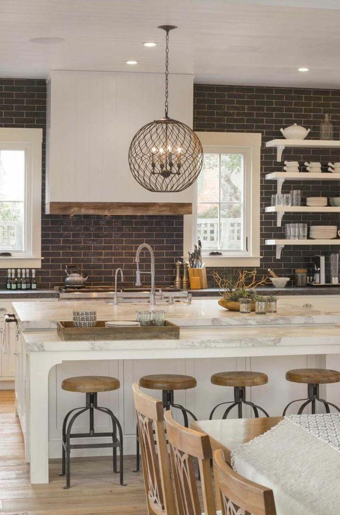 1001 ideas de cocinas rusticas c lidas y con encanto for Mesa cocina rustica