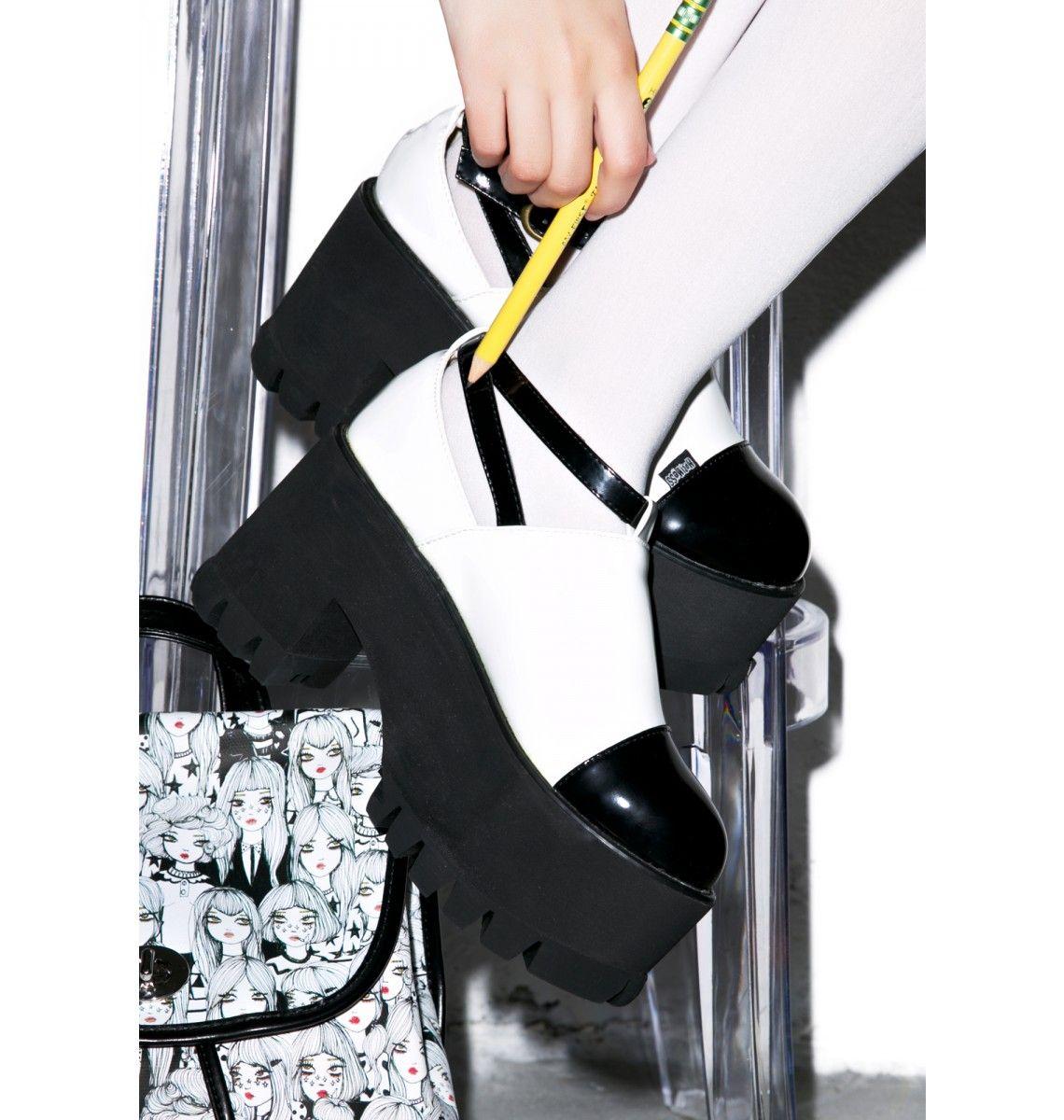 da934ac6a7e1c Dolly Platform Boots | lolita style | Platform boots, Boots, Shoes