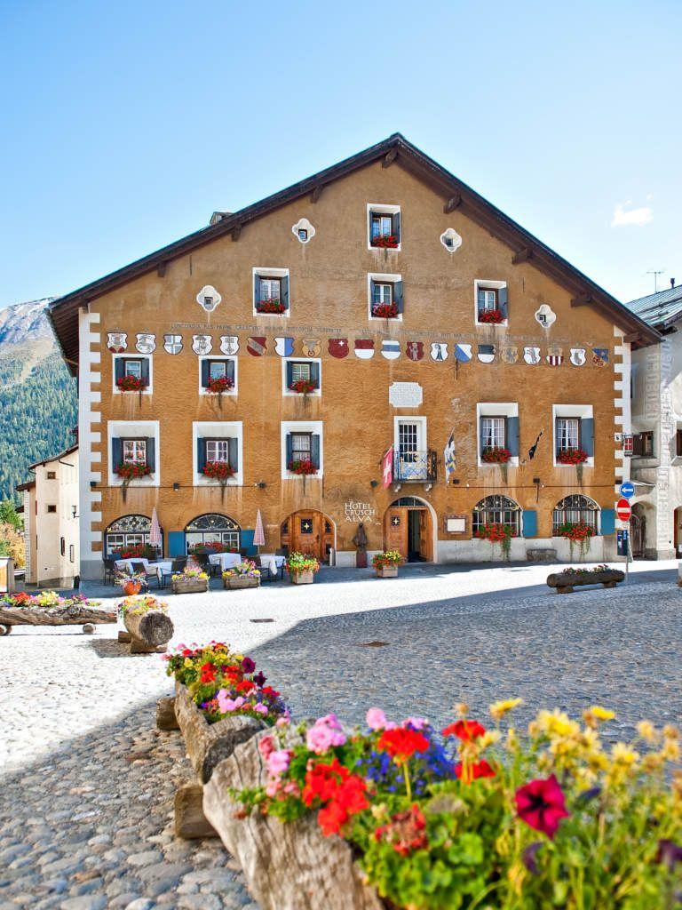 Gemutlicher Urlaub In Der Perfekten Natur Im Hotel Crusch Alva