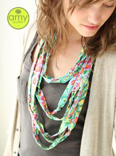"""""""Simple Rayon Necklace"""" #diy free pattern from amybutler.com"""