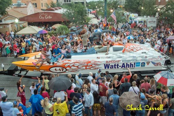 #Sarasota #SuperBoat #Parade (Photo by Chuck Carroll/SBI)