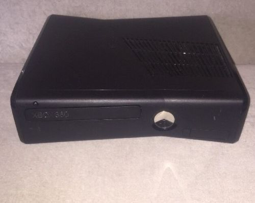 Xbox 360 S Slim Replacement Console Only 4GB Black NTSC WI-FI Gaming System https://t.co/Sk8YHm1Sov https://t.co/IVc3QN2oWp