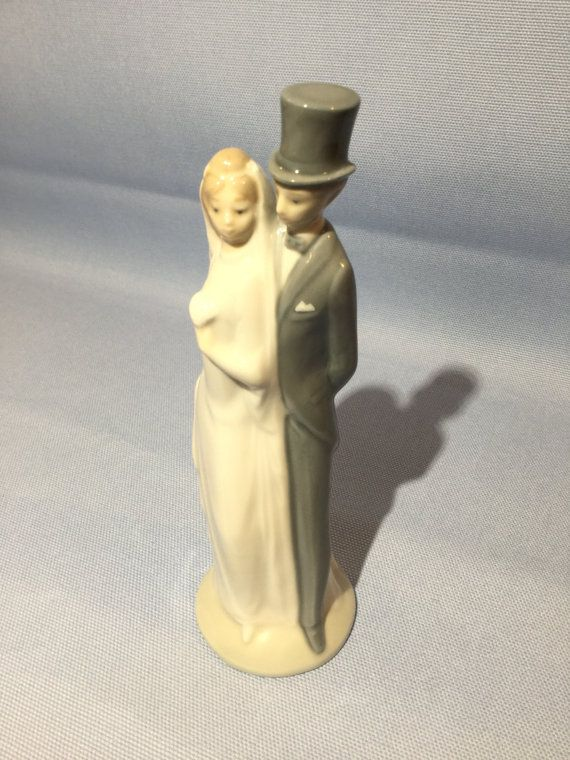 Vintage Nao By LLadro Bride And Groom Porcelain Cake Topper Figurine