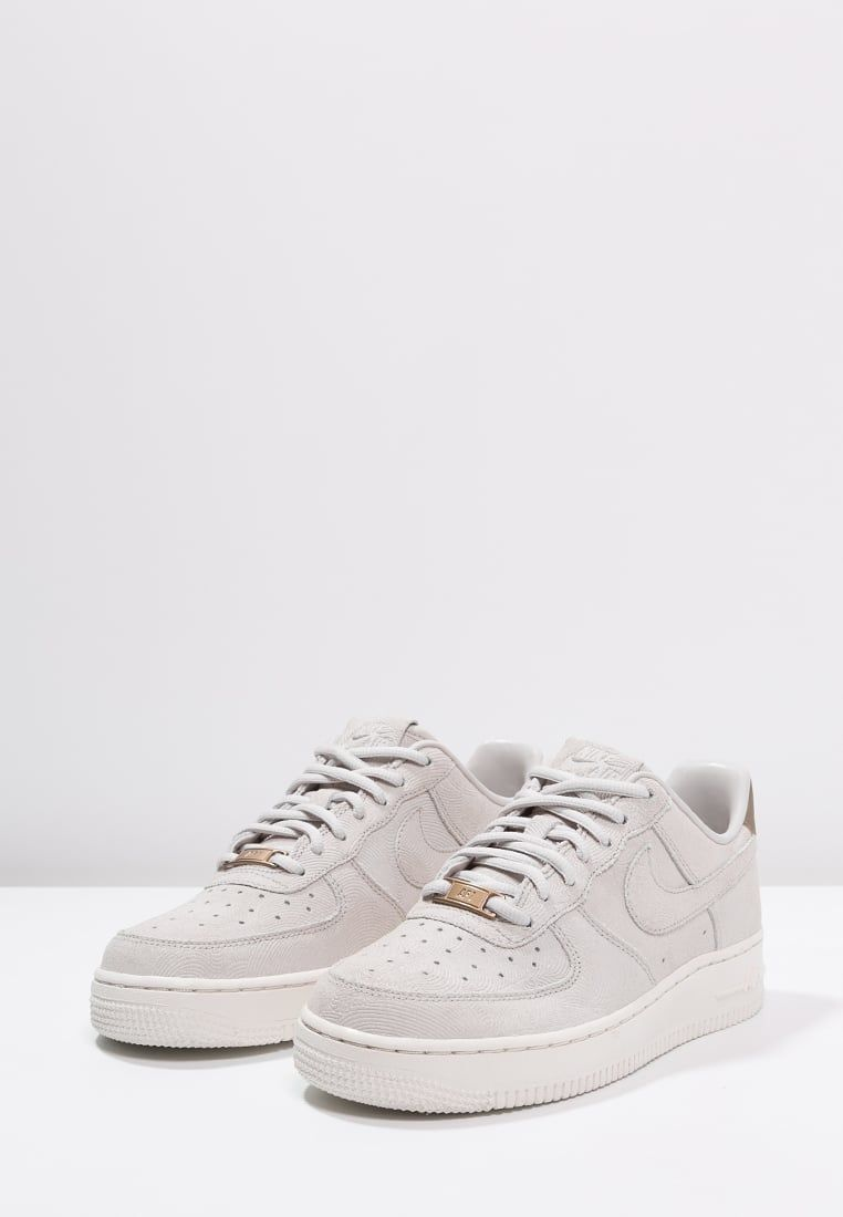 nike air force 1 07 basse