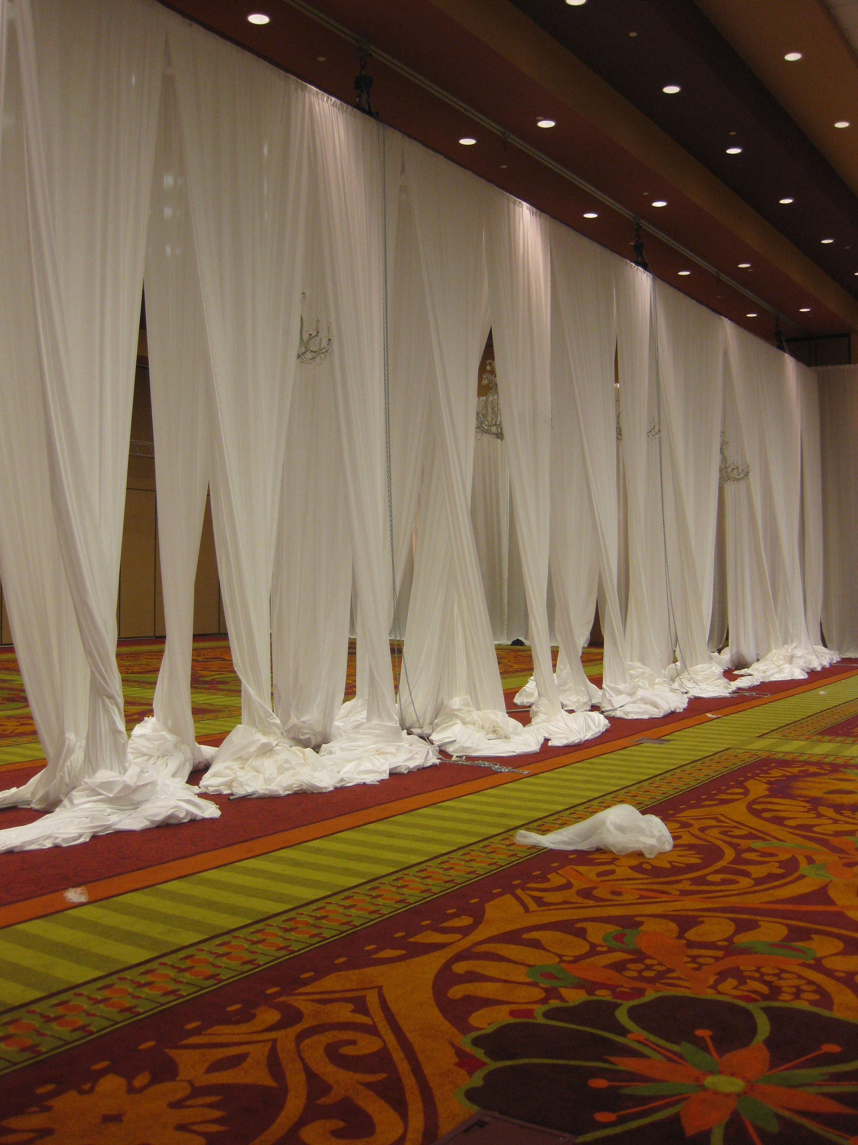 Bedroom ceiling drapes - Best Fabric Ceiling Swags Center Truss Draped Www Tablescapesbydesign Com Https