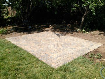 Paver Patio   DIY Solution For A Muddy Spot In The Backyard That Wonu0027t