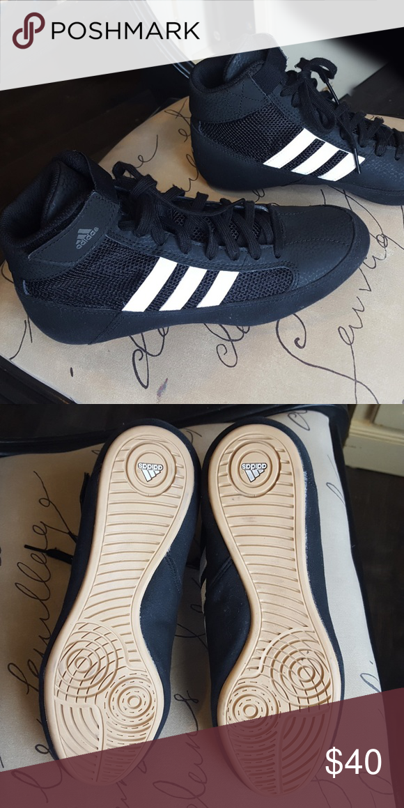 130dd467 Adidas Youth HVC wrestling shoe - like new Exc cond / like new youth size  US 4 1/2. Worn just a few times indoors. adidas Shoes