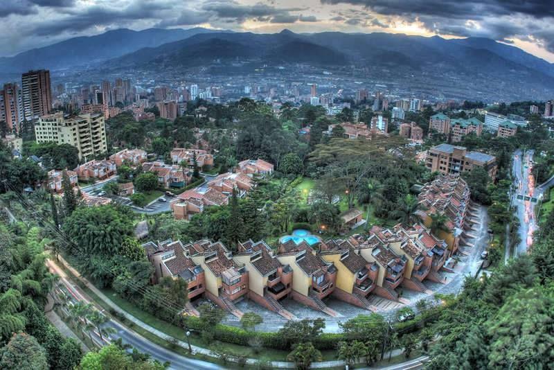 Jota Velez Seguir 1 De Febrero De 2014 Medellin Vista Desde La Transversal Superior Photo Alejoaoa Con Elsy Cogol Medellín Ciudad De Medellín Velez