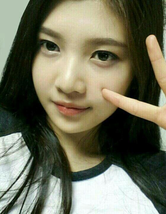 Joy Without Make Up Shesnatural Joy Of Red Velvet Pinterest