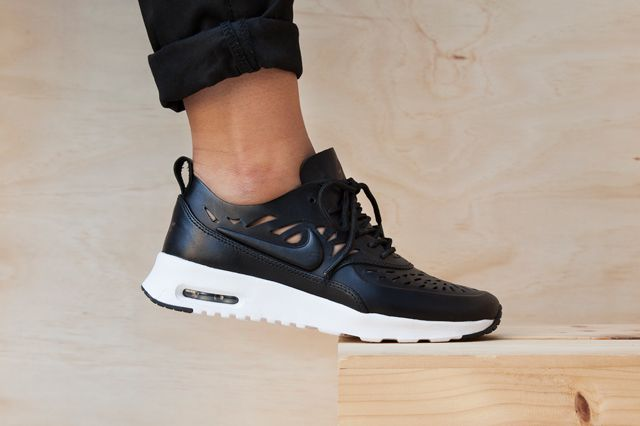 official photos acaa0 27518 NIKE AIR MAX THEA JOLI (BLACK AND WHITE PACK) - Sneaker Freaker