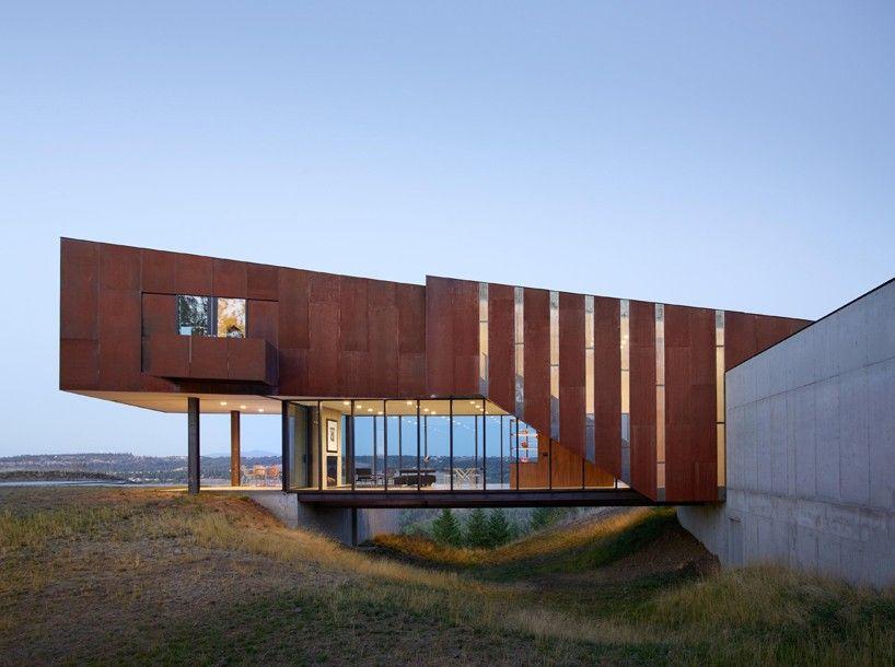 olson-kundig-architects-rimrock-residence-washington-designboom-03