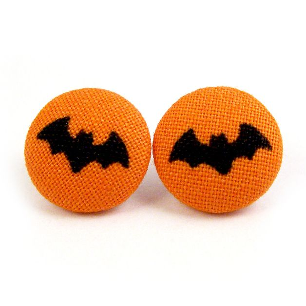 Ohrstecker - Fledermäuse Halloween Ohrstecker Stoffknöpfe Knopf - ein Designerstück von innerland bei DaWanda