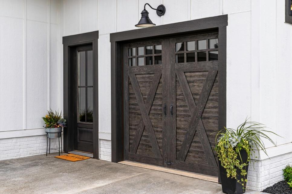 Easy lowcost garage door makeover hgtv in 2020 house
