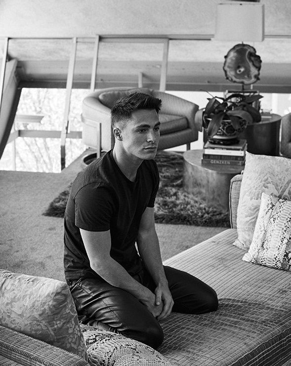 39 out 39 cover boy colton haynes colton haynes jungs beauty m nner. Black Bedroom Furniture Sets. Home Design Ideas