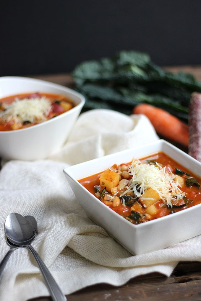 Hearty Vegan Vegetable and White Bean Soup Warm up