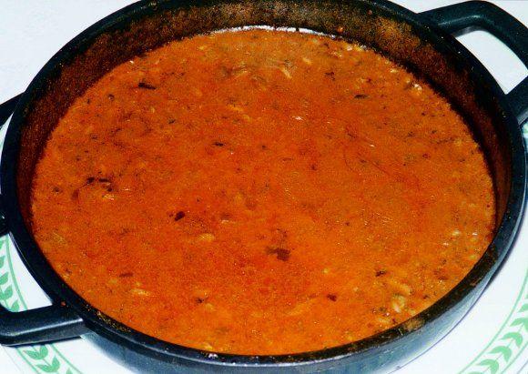 Arroz meloso con ortigas de mar platos tradicionales Cocinar ortigas de mar