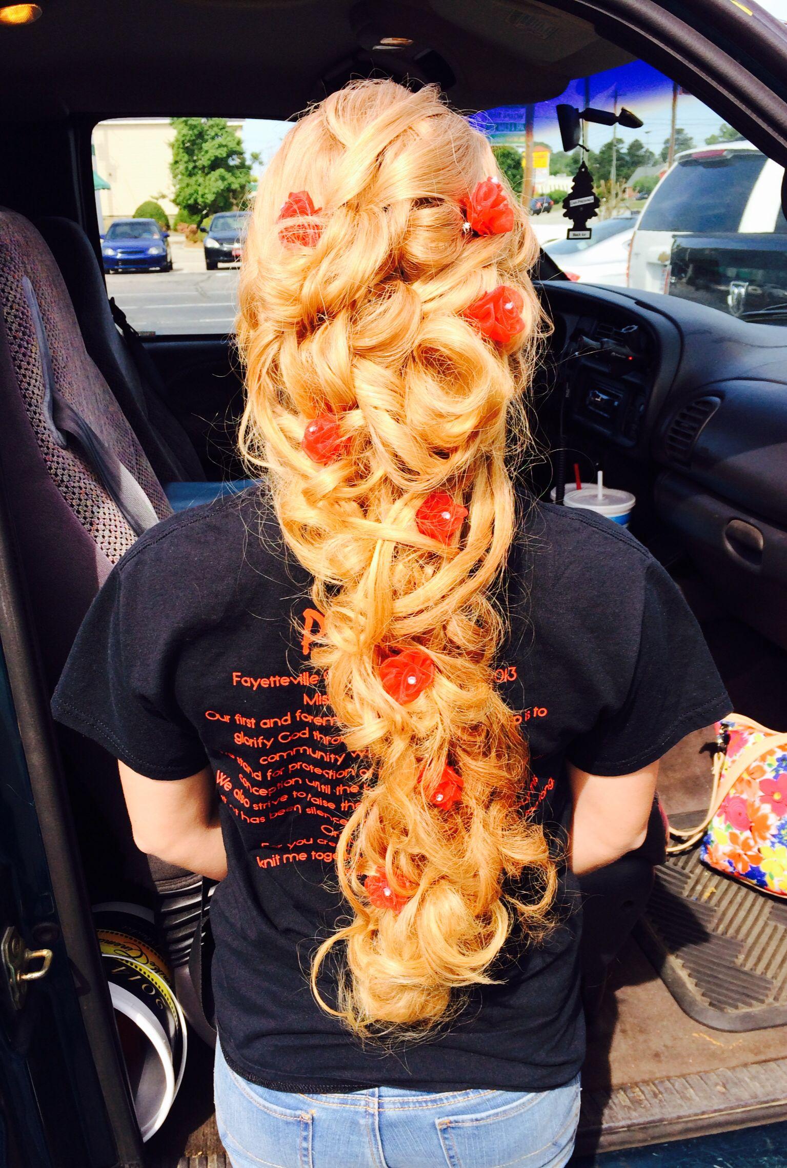 Prom 2014 elegant long prom hair | Long blonde curly hair ...