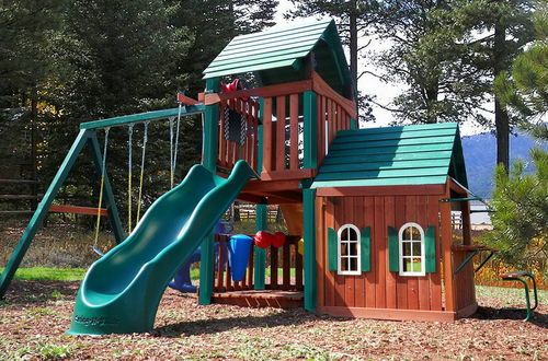 New kids huge wood playground set swing set play house for Childrens playhouse with slide and swing