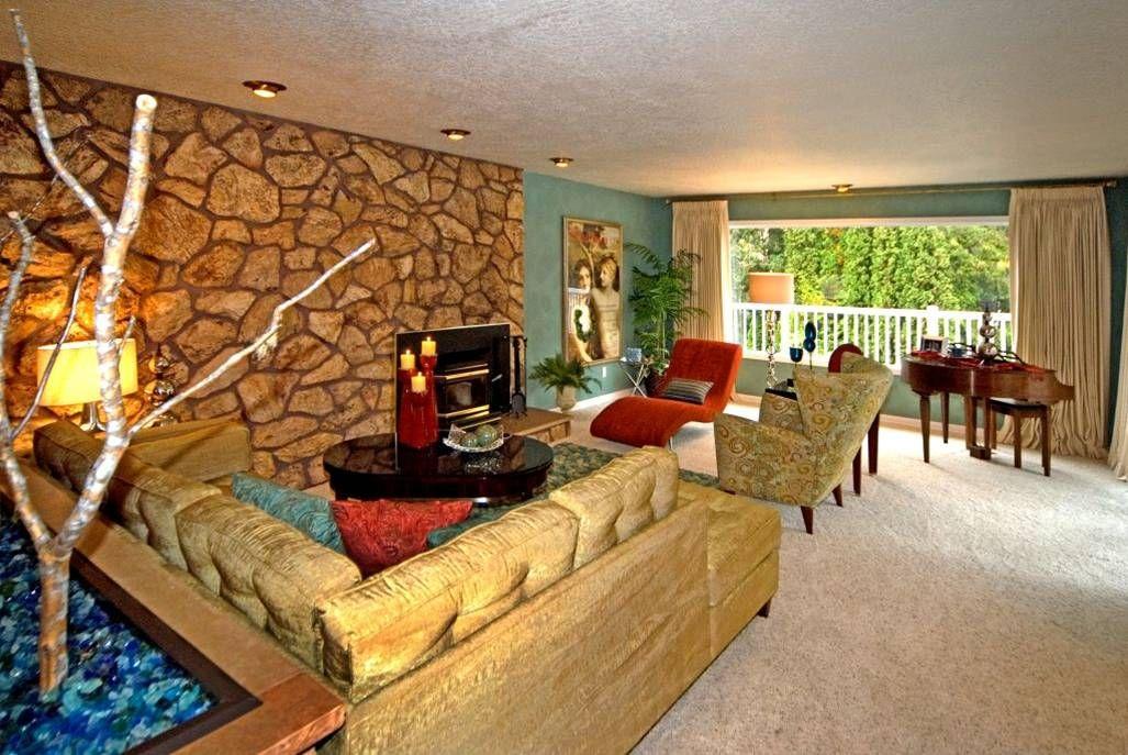 1970s Groovy Living Room Seventies In 2019 70s Decor