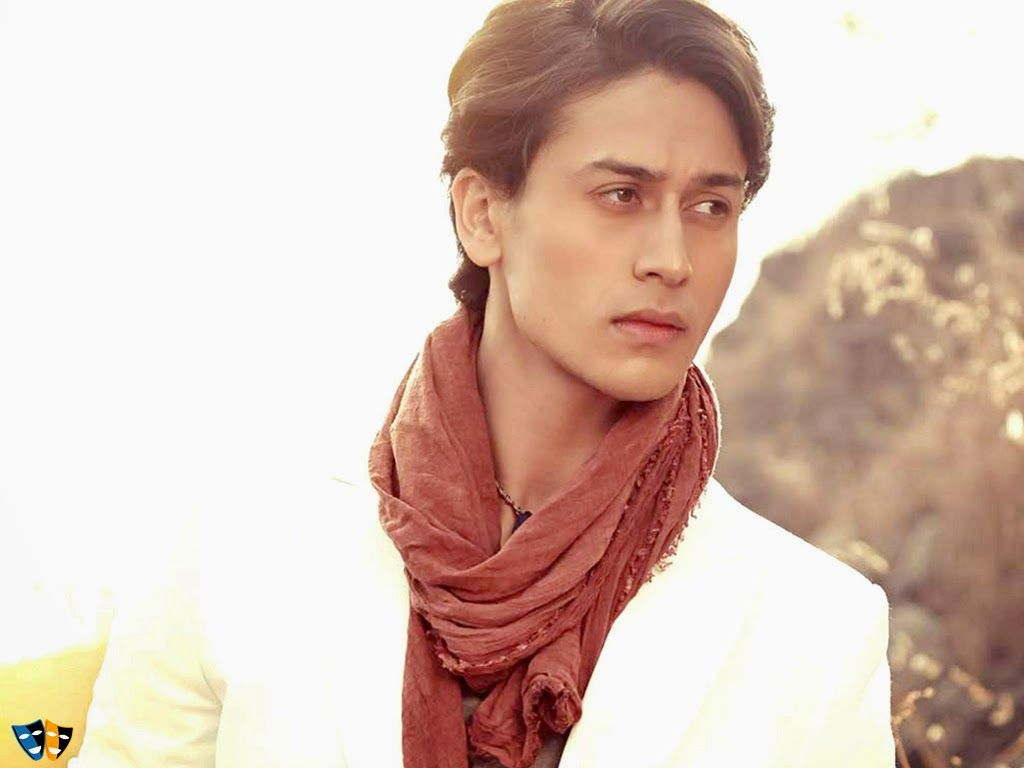 Tiger Shroff Hd Wallpapers Hd Wallpapers Hd Wallpapers In 2019