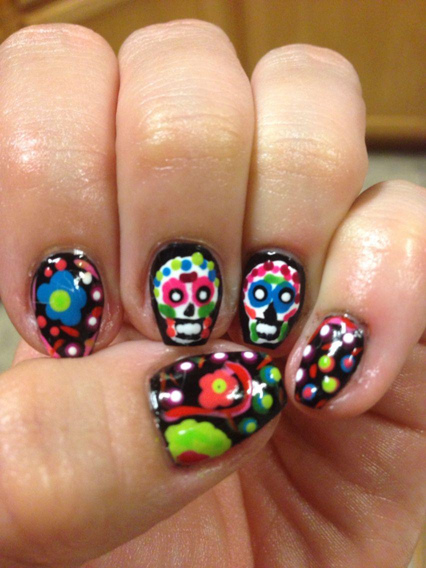 Sugar skulls (With images) Sugar skull, Nails, Skull