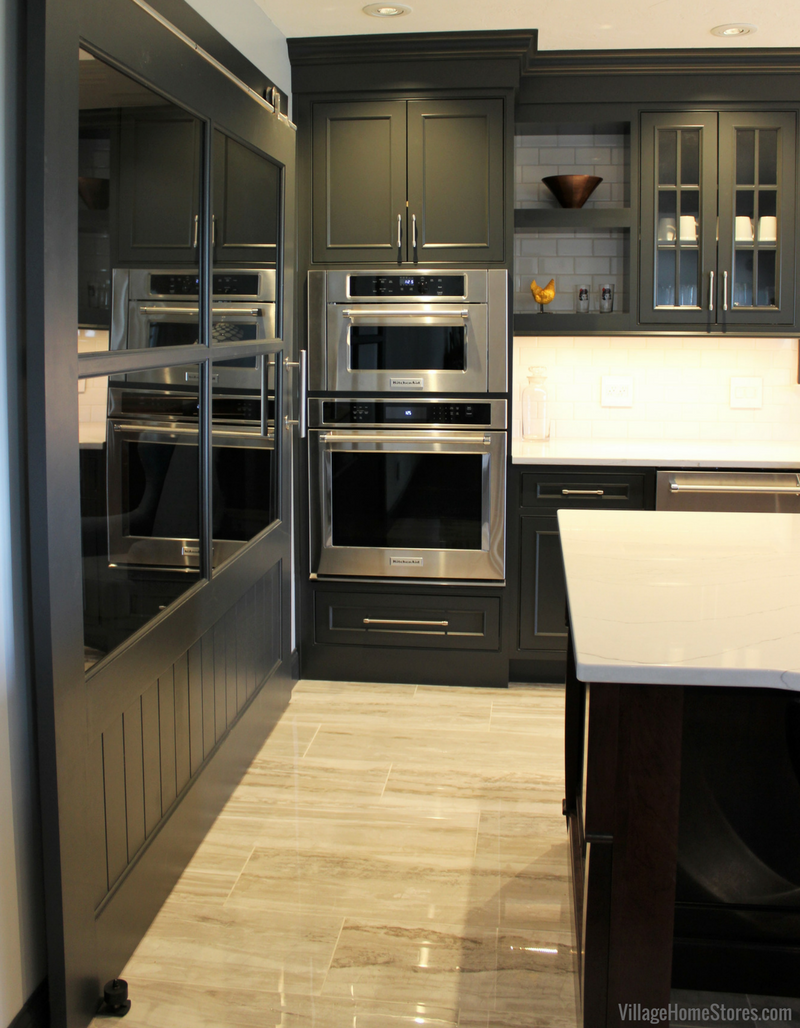 Durasupreme Cabinetry And Kitchenaid Liances Featured In This Quad Cities Area Kitchen Remodel From Village Home S Villagehomes
