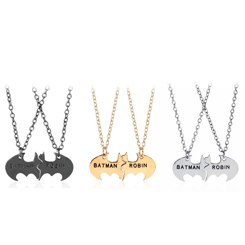 6e76414bd68 Batman and Robin Pendant em 2019